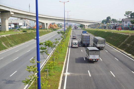 Thông xe nút giao Đại học Quốc gia TP HCM cửa ngõ phía đông.